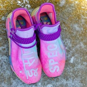 Women's Adidas Pharrell Pink Human Race Size 10